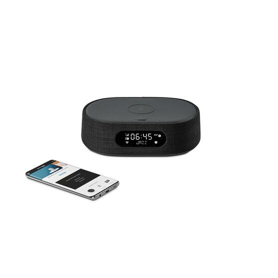 Harman Kardon Citation Oasis - Black - Voice-controlled speaker with DAB/DAB+ radio and wireless phone charging - Detailshot 1
